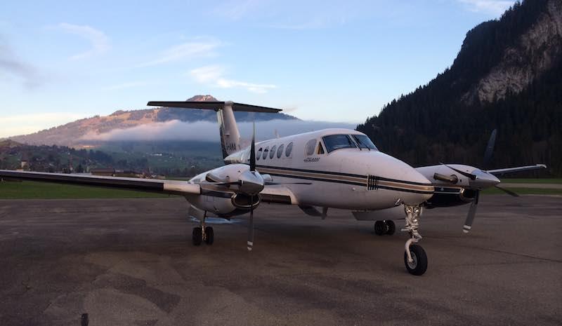 Beechcraft 200 for ambulance flight